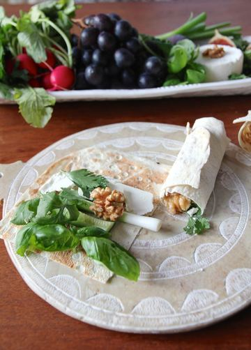 Rezept Sabzi Khordan - persischer Kräuterwrap mit Schafskäse