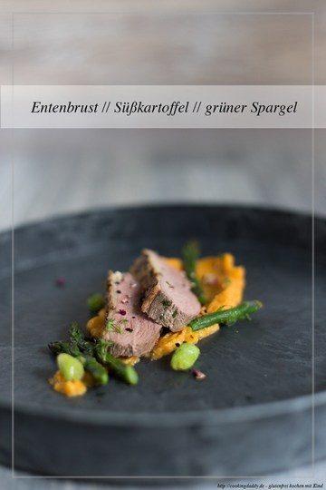 Rezept saftige Entenbrust mit Süßkartoffel-Püree und grünem Spargel