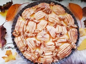Rezept saftiger Apfelkuchen mit Walnuss-Topping