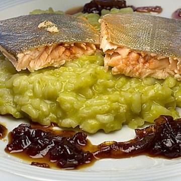 Rezept Saibling mit Wasabi-Risotto und Teriyaki-Schalotten