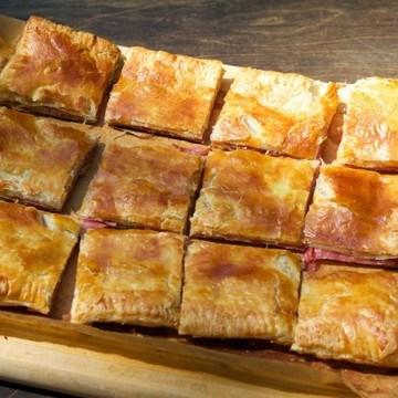 Rezept Salami und Käse in Bätterteig