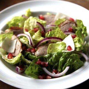 Rezept Salat mit Granatapfel, Entenbrust und Ziegenkäse