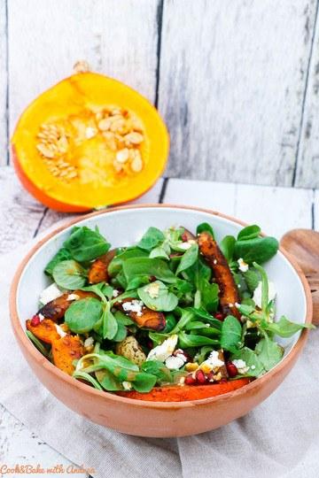Rezept Salat mit Ofenkürbis, Birne und Granatapfel