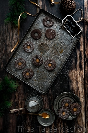 Rezept Salted Caramel Chocolate Linzer Cookies