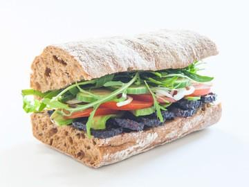 Rezept Sandwich mit Bärlauchbutter, Räuchertofu und Avocado