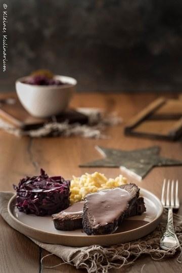 Rezept Sauerbraten mit Apfelrotkohjl und Spätzle