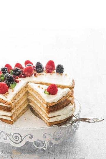 Rezept Sauercreme-Torte mit Beeren