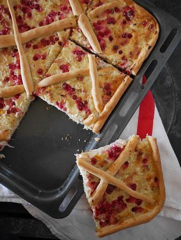 Rezept Sauerkraut-Kuchen mit Speck und Preiselbeeren