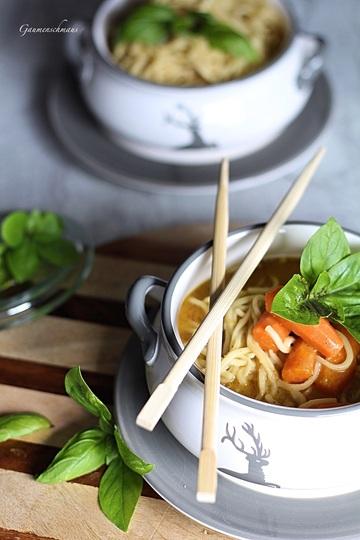 Rezept Scharfe Thai-Nudelsuppe
