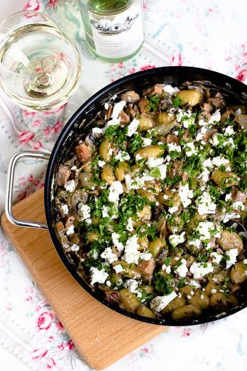 Rezept Schnelle Gnocchi Pfanne mit Pfifferlingen und Feta