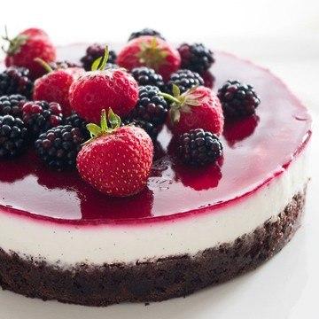 Rezept Schoko-Beeren-Torte mit Vanillequarkcreme