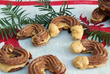 Rezept Schoko-Kipferl mit Erdnussbutterfüllung