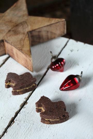 Rezept Schoko-Schaukelpferde mit Erdnussbutter-Karamell-Füllung