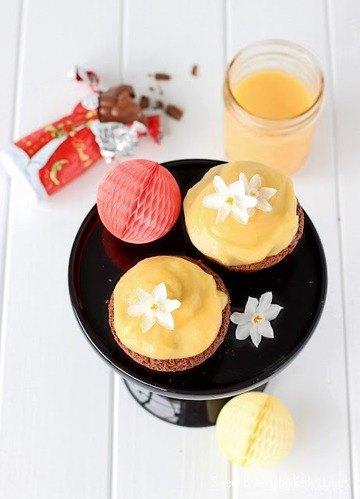 Rezept Schokoladen Cupcakes mit Blutorangen Curd