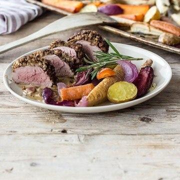 Rezept Schweinefilet im Walnussmantel mit Wurzelgemüse