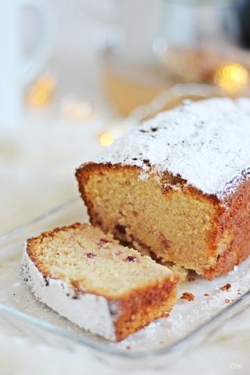 Rezept Sekt-Marzipan-Kuchen mit Wildpreiselbeeren