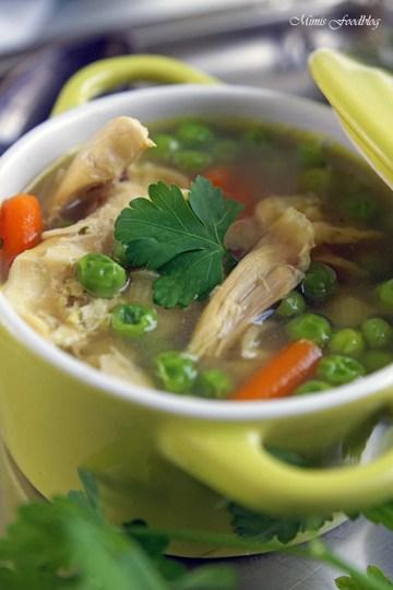 Rezept Selbst gemachte Hühnersuppe ~ der Klassiker in jeder Küche