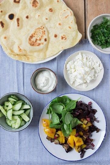 Rezept Selbst gemachte Wraps / Tortillas mit Mangold-Feta-Füllung