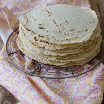 Rezept Selbstgemachte Maistortillas aus der Tortillapresse