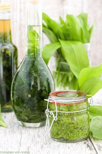 Rezept Selbstgemachtes Bärlauchöl und veganes Bärlauchpesto