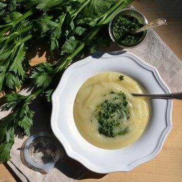 Rezept Selleriesuppe mit Pesto