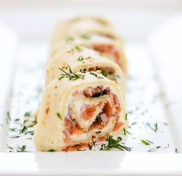 Rezept Smoked Salmon Rolls // Lachsröllchen