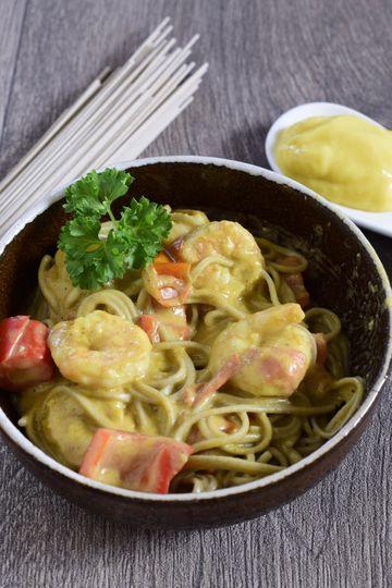 Rezept Sobanudeln mit Garnelen, Mango und Kokosmilch