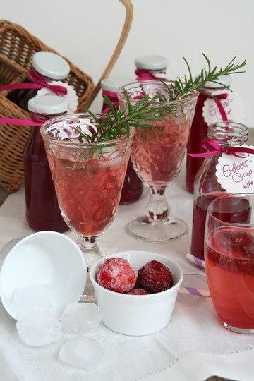 Rezept Sommer auf der Zunge - mit Erdbeere-Sirup