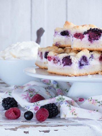 Rezept Sommer Beeren Cheesecake -Streuselnkuchen vom Blech