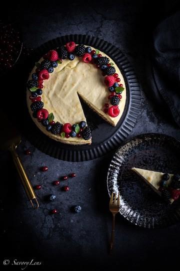 Rezept Sommerbeeren-Ricotta-Cheesecake mit Pekannüssen