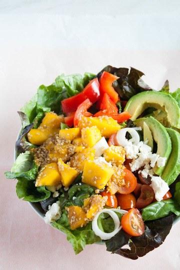 Rezept Sommerlicher Mango Avocado Salat
