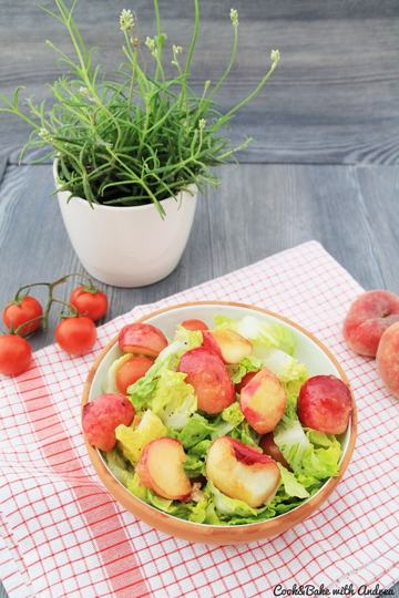 Rezept Sommersalat mit Pfirsichen