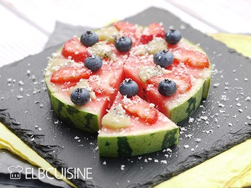 Rezept Sommertorte – ein einfaches Vergnügen zum Frühstück, als schnelles Dessert oder für's Büffet!