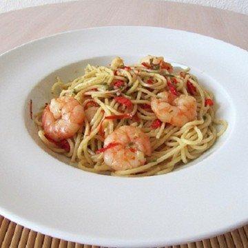 Rezept Spaghetti con aglio, olio, peperoncino e gamberi