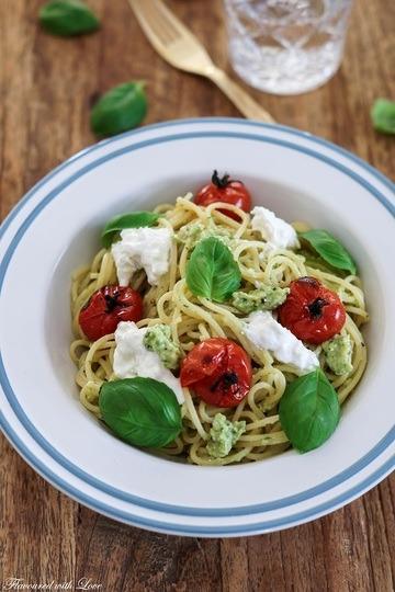 Rezept Spaghetti mit Avocadopesto und Burrata