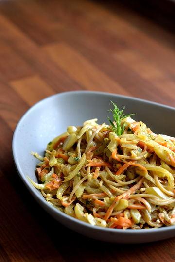 Rezept Spaghetti mit karamellisiertem Fenchel, Karotten und Ziegenkäse