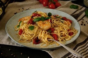 Rezept Spaghetti mit Ofentomaten & Garnelen