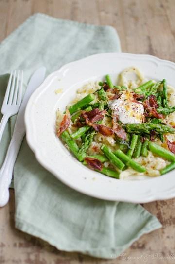 Rezept Spätzle-Spargel-Salat mit knusprigem Parmaschinken