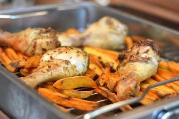 Rezept Spicy Hühnerkeulen mit Süßkartoffel-Pommes