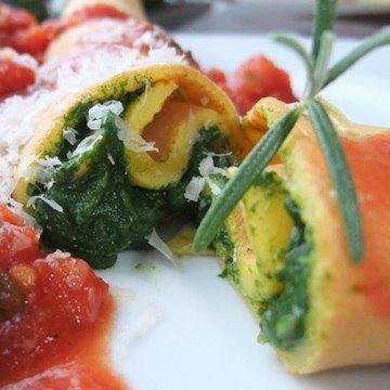 Rezept Spinatpalatschinken mit Tomatensauce