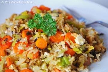 Rezept Spitzkohl-Pfanne mit Wildreis, Lauch und Karotten