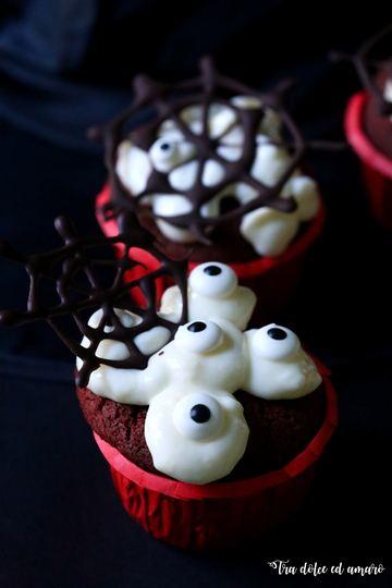 Rezept Spooky Red Velvet Cupcakes