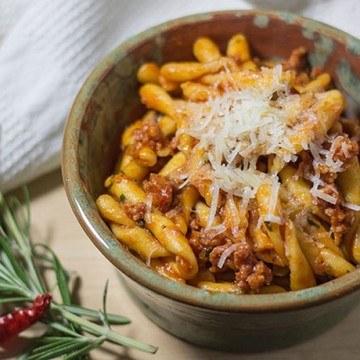 Rezept Strozzapreti mit Salsiccia und Pecorino