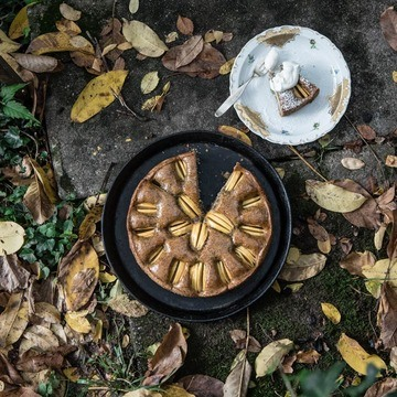 Rezept Super saftiger gedeckter Apfelmohnkuchen mit Aprikosenglasur