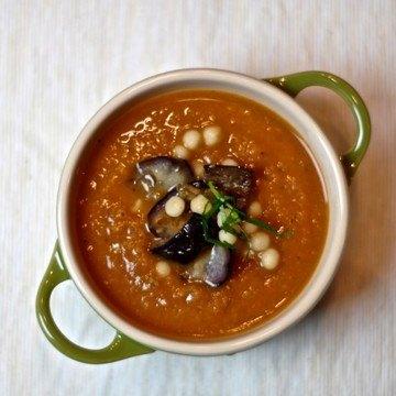 Rezept Suppe aus verbrannter Aubergine mit Moghrabieh