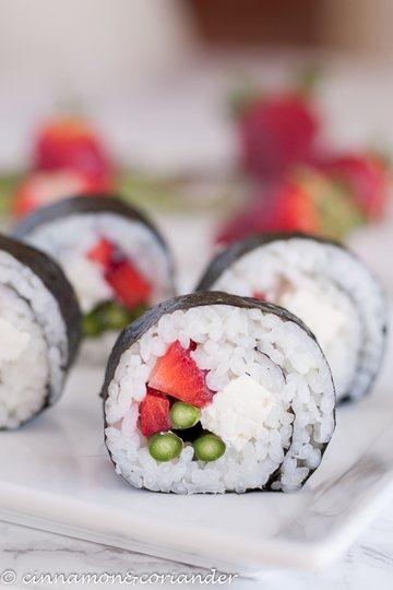 Rezept Sushi mit Erdbeeren, Spargel & Feta