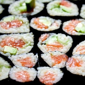 Rezept Sushi mit frischem Lachs