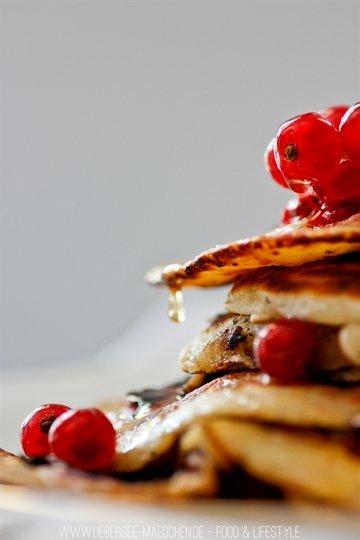 Rezept Süß-saure Johannisbeer-Pancakes