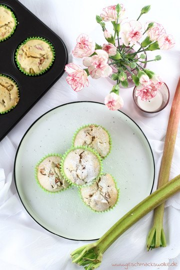 Rezept Süßer Frühling: Rhabarber-Kokos-Muffins