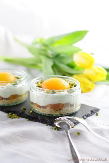 Rezept Süßes Spiegeleier-Dessert: Aprikosen-Käsekuchen im Glas zum Osterbrunch